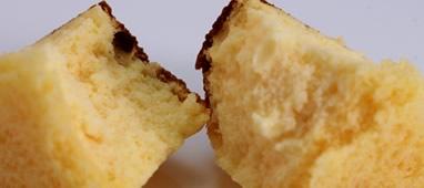 なめらかな口どけ、チーズの味わいが広がります。